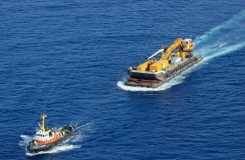 Mistral towing MP44 offshore Malta